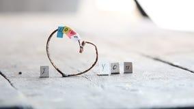 Ik houd van u idee - het romantische met de hand gemaakt Van letters voorzien stock videobeelden