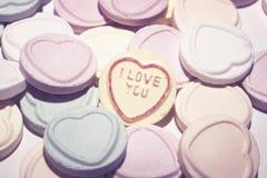 Ik houd van u suikergoedharten stock fotografie