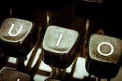 Ik voorzie op een uitstekend schrijfmachinetoetsenbord van letters Royalty-vrije Stock Fotografie