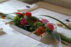 Ikebana - украшение таблицы флористического букета Стоковое Фото