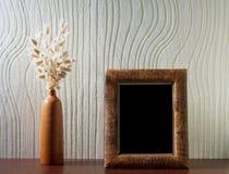 Ikebana en uitstekend foto-kader Stock Fotografie