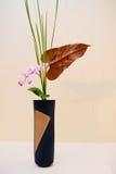 Ikebana Lycklig mors dag! kortbegrepp arkivbild