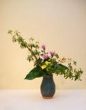 Ikebany kwiatu przygotowania Zdjęcia Royalty Free