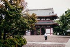 Ikegami Honmon-ji świątynia i stara historyczna Japońska wejściowa brama Obrazy Royalty Free
