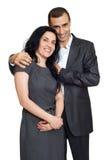 Iklädd svart för lyckliga par, romantisk härlig kvinna och stilig man som isoleras på vit bakgrund fotografering för bildbyråer