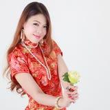 Iklätt kinesiskt traditionellt för kvinnor Arkivfoto