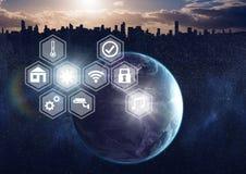Ikona interfejs internet rzeczy nad światowym miasta tłem Zdjęcia Stock