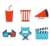 Ikonen eingestelltes Kino und Filme getrennt auf Weiß Stockfoto