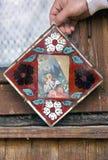 Ikonen im alten Tempel Stockbild