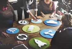 Ikonen-Symbol-Kommunikations-Internet-Digital-Konzept Lizenzfreie Stockfotografie