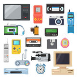 Ikonen von Retro- Geräten des 90 ` s in einer flachen Art lizenzfreie abbildung