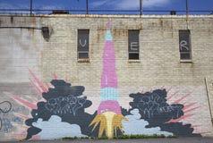 Ikonenhaft projektieren das Indien-Straßen-Rocket-Wandgemälde durch Künstler Eve Biddle und Joshua Franke am Indien-Straßen-Wandg Lizenzfreie Stockfotos