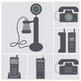 Ikonensatz alte Telefone, verdrahtet und Handys Stockbilder