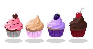Ikonensatz der kleinen Kuchen Erdbeere, Creme- bruleekaffee, Blackberry, dunkler Schokoladengeschmack Verziert mit Herz-förmigem Stockbilder
