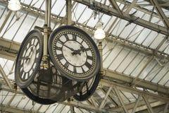 Ikonowa stara zegarowa Waterloo stacja, Londyn obraz royalty free