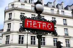Ikonowego art deco metropolita metra Paryski znak Zdjęcie Royalty Free