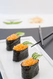 Ikura Gunkan Sushi Stockfotos