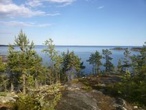 Il île karélienne Rivage de lac Ladoga Photos libres de droits