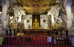 Il Alut Maligiwa & x28; Nuovo Temple& x29; al tempio della reliquia sacra del dente a Kandy, lo Sri Lanka Immagine Stock