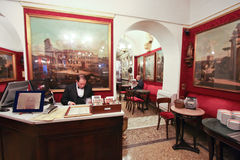 Il Antico Caffè Greco a Roma immagine stock