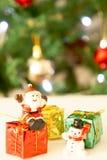 Il Babbo Natale e pupazzo di neve Immagini Stock