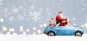 Il Babbo Natale sul motorino Immagini Stock