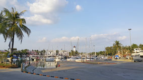 Il bacino dell'yacht a Phuket, Tailandia fotografia stock