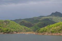 Il bacino idrico abbondante Fotografia Stock