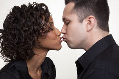 Il bacio Fotografie Stock