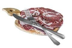 Il bacon ha affettato la forcella del coltello del ‹del †del ‹del †Fotografie Stock