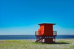 Il bagnino rosso Kiosk, la Georgia, Batumi, può 2017 immagini stock libere da diritti