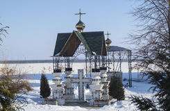 Il baldacchino sull'incrocio nel priore del maschio di Bogoyavlenskom Mstyorskom Rus Immagini Stock