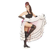 Il ballerino del burlesque con il vestito lungo rosso per potere-può Fotografia Stock Libera da Diritti
