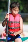Il bambino è pronto per l'avventura fotografie stock libere da diritti