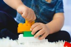 Il bambino raccoglie il progettista Fotografia Stock Libera da Diritti