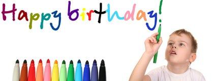 Il bambino scrive il buon compleanno 2 Fotografia Stock Libera da Diritti