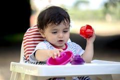 Il bambino sta giocando Fotografie Stock Libere da Diritti
