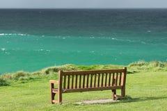 Il banco sull'oceano Fotografie Stock