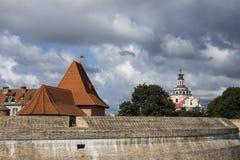 Il bastione del muro di cinta, fortificazione stile rinascita a Vilnius, Lituania fotografia stock