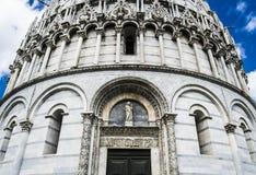 Il battistero di San Giovanni, Pisa (dettaglio) Immagine Stock Libera da Diritti