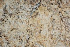 Il beige del granito con le macchiette scure, ha chiamato Tenero immagini stock