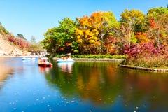 Il bello autunno scenico immagine stock