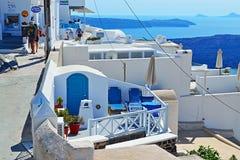 Il bello bianco blu alloggia l'isola Grecia di Fira Santorini Fotografia Stock