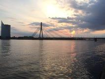 Il bello fiume di Riga fotografia stock