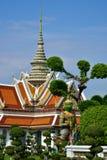 Il bello giardino del tempio Wat Arun Temple of Dawn a Bangkok Fotografia Stock