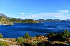 Il bello lago di Lugu Immagini Stock Libere da Diritti