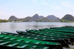 Il bello lakeview nella contea di puzhehei, il Yunnan, porcellana Fotografia Stock