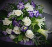 il bello mazzo dei fiori è aumentato Immagine Stock