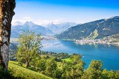Il bello paesaggio con le alpi ed il lago della montagna in Zell vedono, l'Austria Fotografie Stock Libere da Diritti