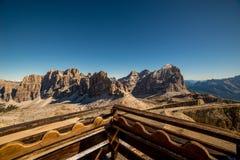 Il bello paesaggio del paesaggio di italien le dolomia, il lagazuoi di rifugio, il dÂ'ampezzo della cortina, falzarego di passo Fotografie Stock